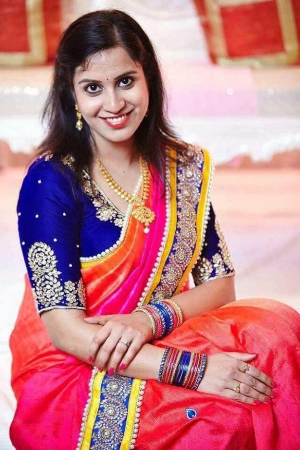 brides-essentials_blouse-latest-designs-19