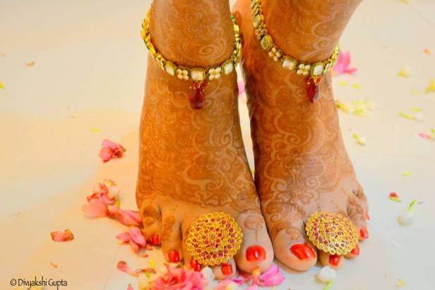brides-essentials_bridal-anklets-1