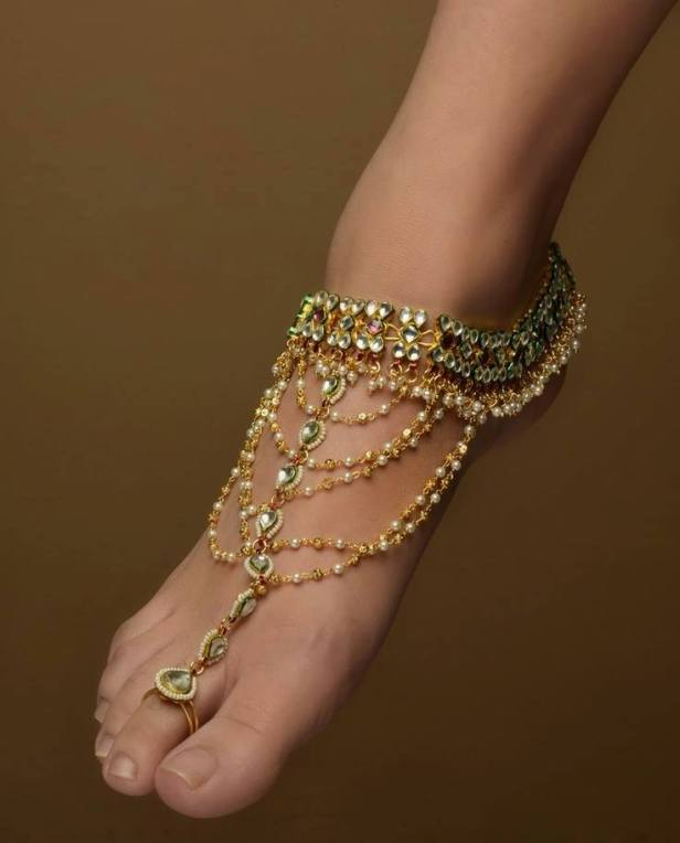 brides-essentials_bridal-anklets-26