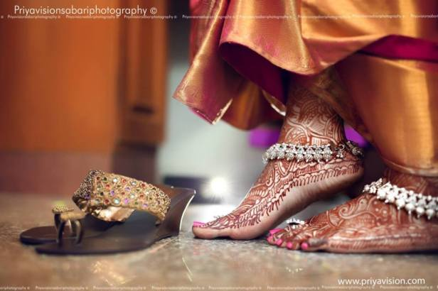 brides-essentials_bridal-anklets-9