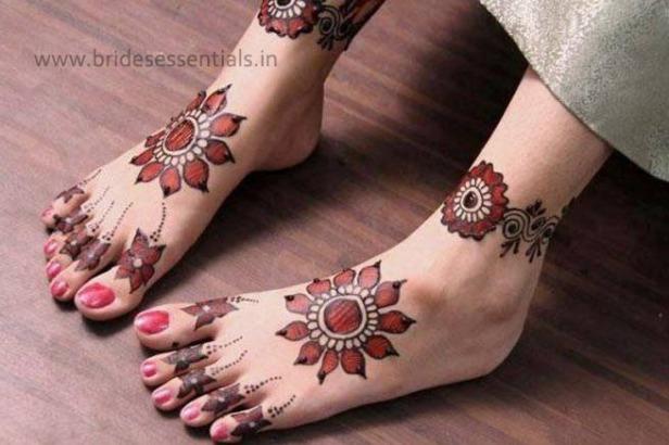 brides-essentials_feet-mehandi-designs-12