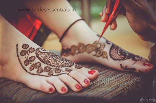brides-essentials_feet-mehandi-designs-13