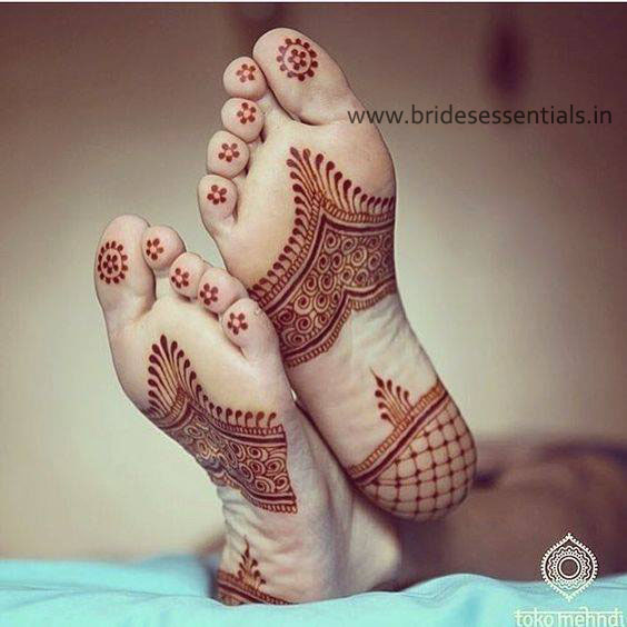 brides-essentials_feet-mehandi-designs-15