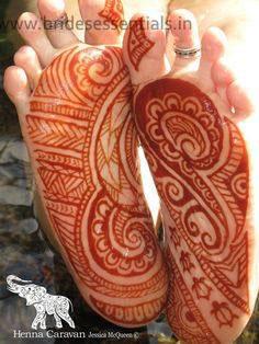 brides-essentials_feet-mehandi-designs-21