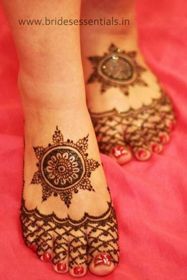 brides-essentials_feet-mehandi-designs-23