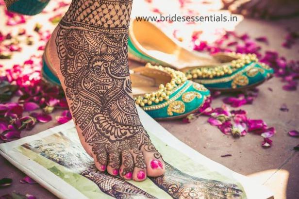 brides-essentials_feet-mehandi-designs-3