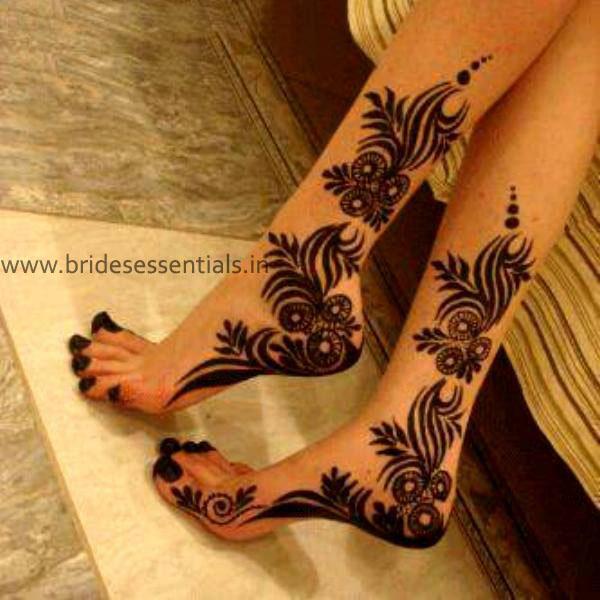 brides-essentials_feet-mehandi-designs-4