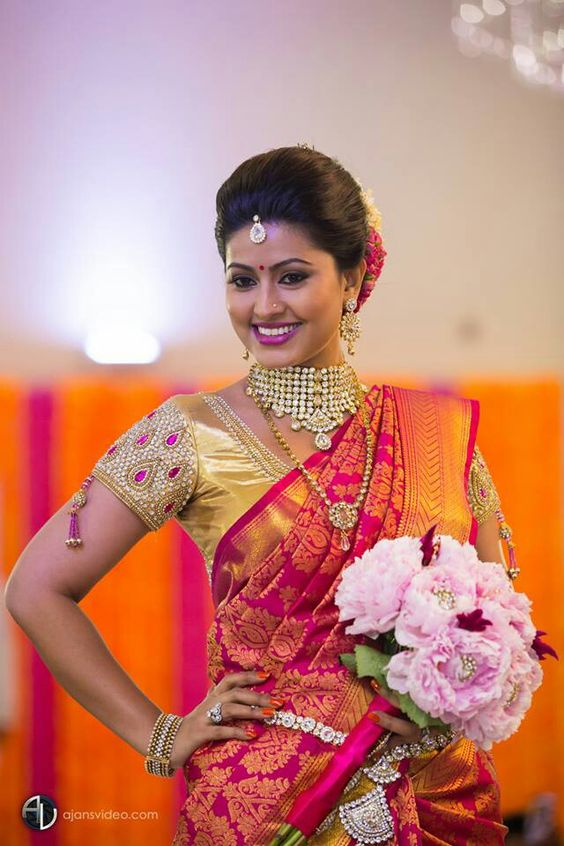 brides-essentials_latest-blouse-design-4