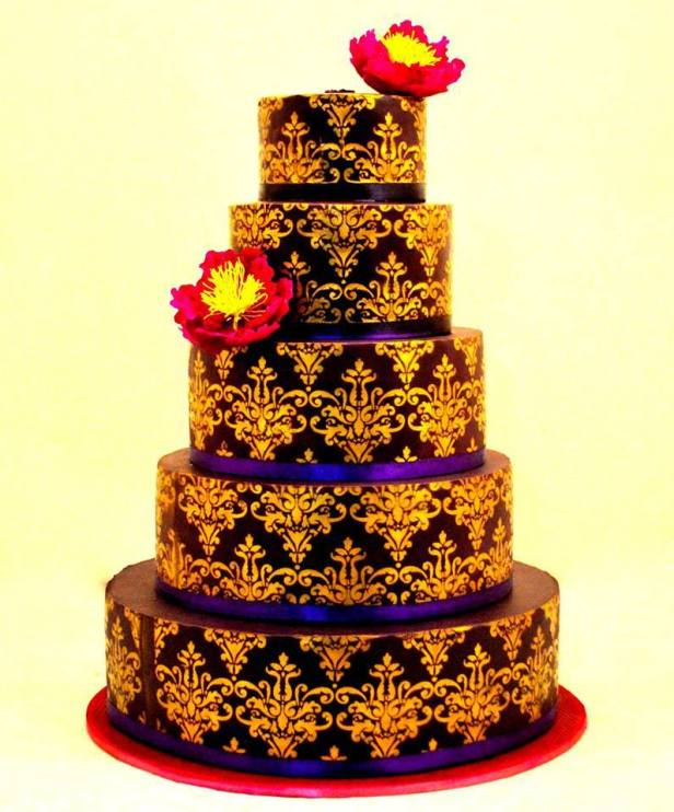 brides-essentials_wedding-cake-17