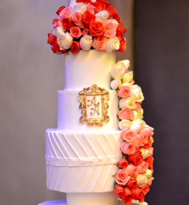 brides-essentials_wedding-cake-18
