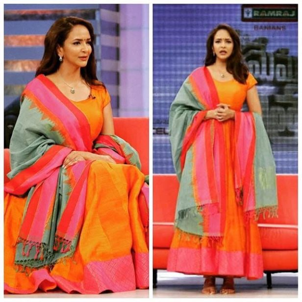 Lakshmi Manchu in Pochampally handloom