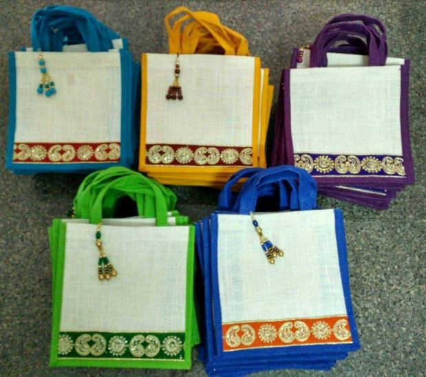 Jute bags from Kaira Gift world