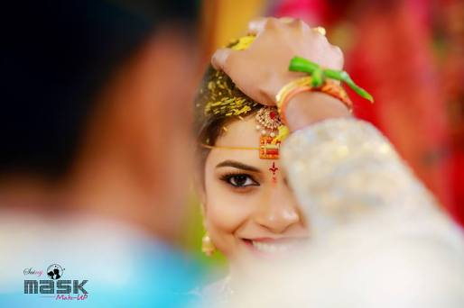 Bride's gaze- Eye make-up by Sri Raj