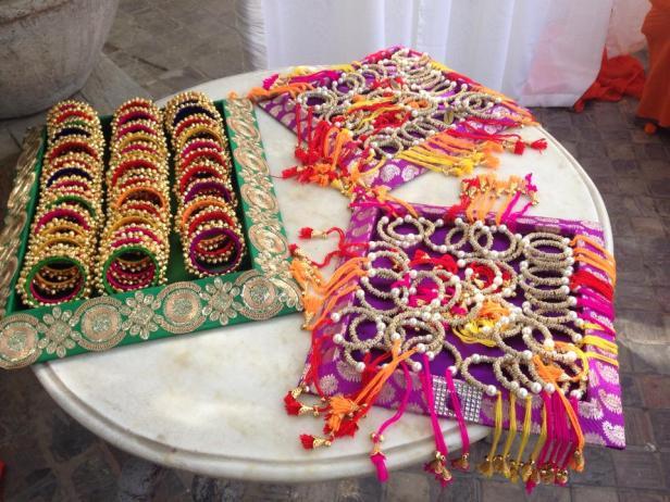 anooflowerjewellery_return-gifts_bridesessentials