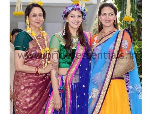 brides-essentials_bride_in_tiara-6