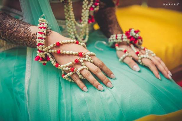 brides-essentials_hathphool-flower-jewellery-11