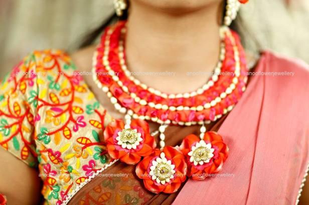 Heavy rose petal necklace
