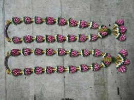 Pink coloured Grape Garlands