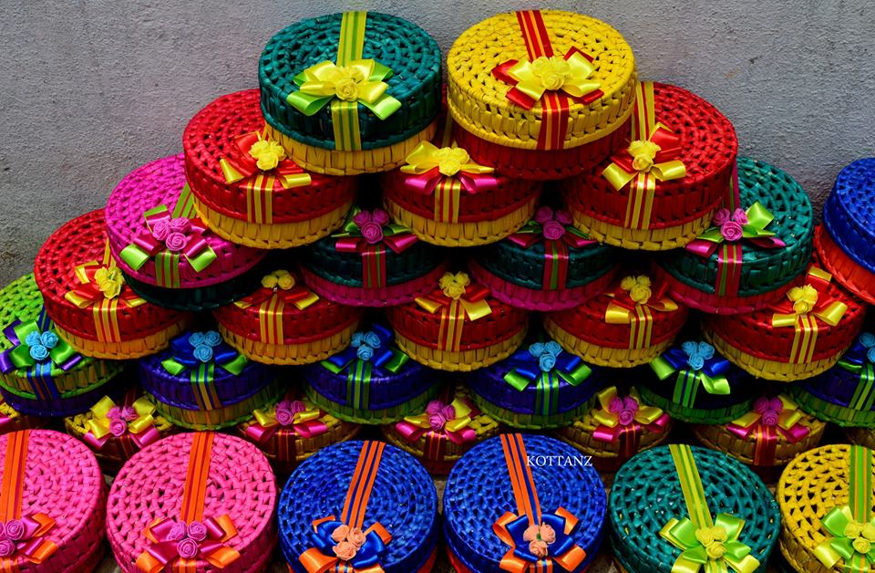 Mehndi Ceremony Return Gifts : Return gifts for half saree ceremony u bride s essentials