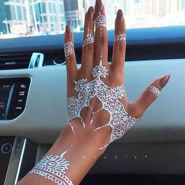 white-henna_brides-essentials12