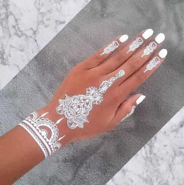 white-henna_brides-essentials15
