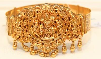 Traditional aravanki, diamond vanki and gold vanki desings from Brides essentials