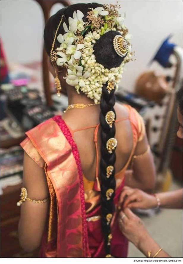 brides-essentials_red-saree_pellipoolajada_hairstyle_indianbride-jpg13