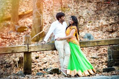 Couple shoot in traditional avatar