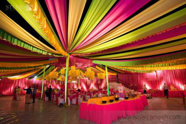 Artistic Ideas for wedding Ceiling Decor