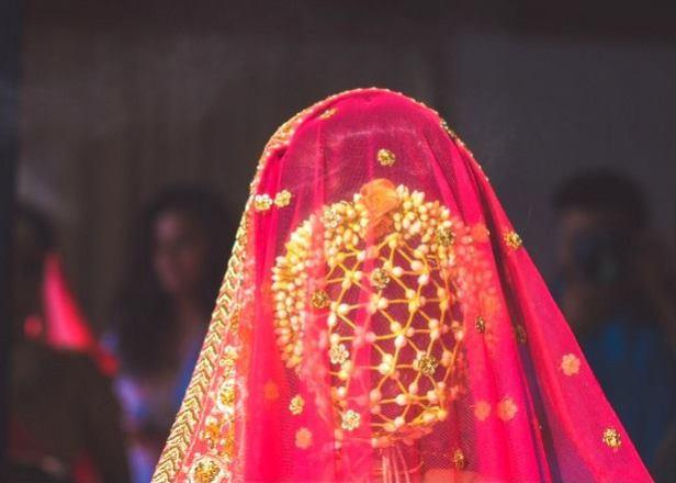 floral-buns_-brides-essential_18