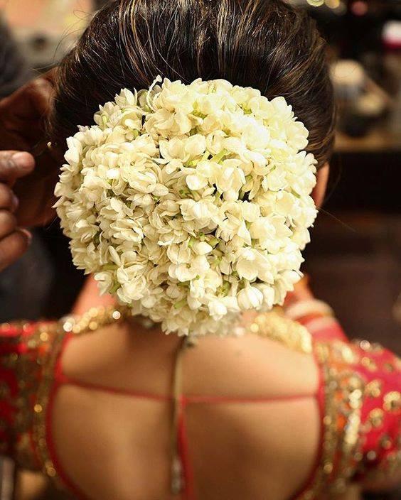 floral-buns_-brides-essential_22
