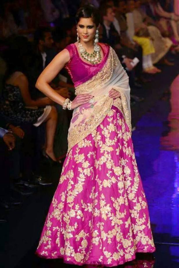 lehenga_brides-essentials_26