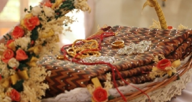 The minnu and the wedding saree