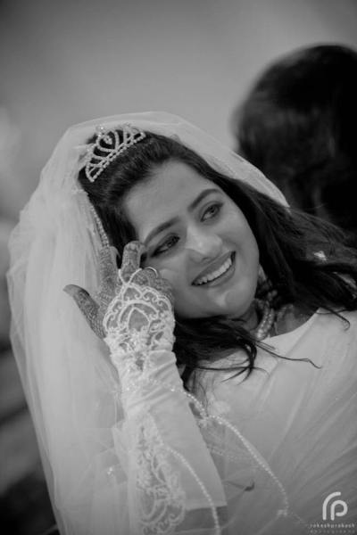 The Classic Christian Bride!