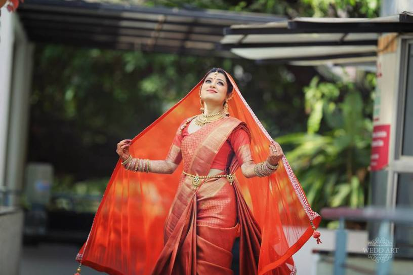 10 gorgeous brides who chose Red for their big day!