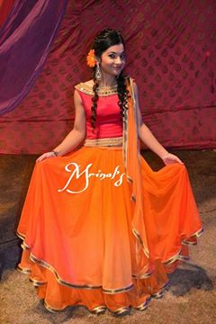 Orange and Red Mrinal's ensemble