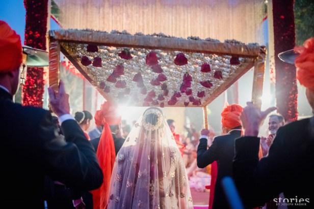 asin_brides-essentials_1