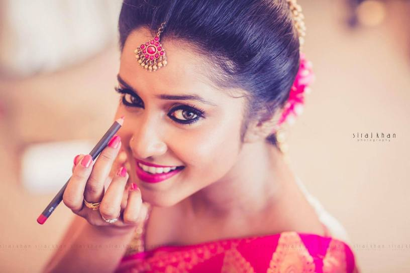Capturing Best Bridal Portraits With #2 Siraj Khan Photography.