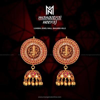 Lord Ganesha earrings from Mangatrai Neeraj