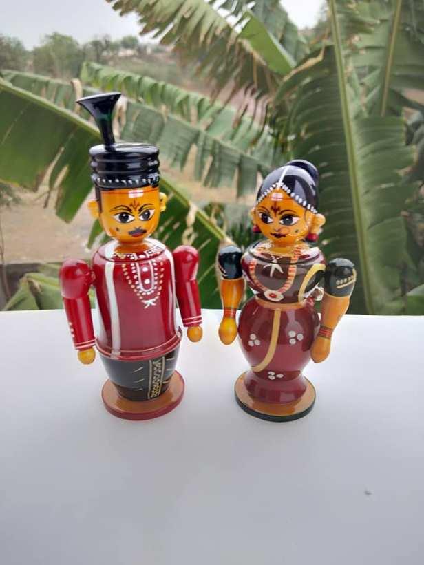 Wedding dolls as return gifts