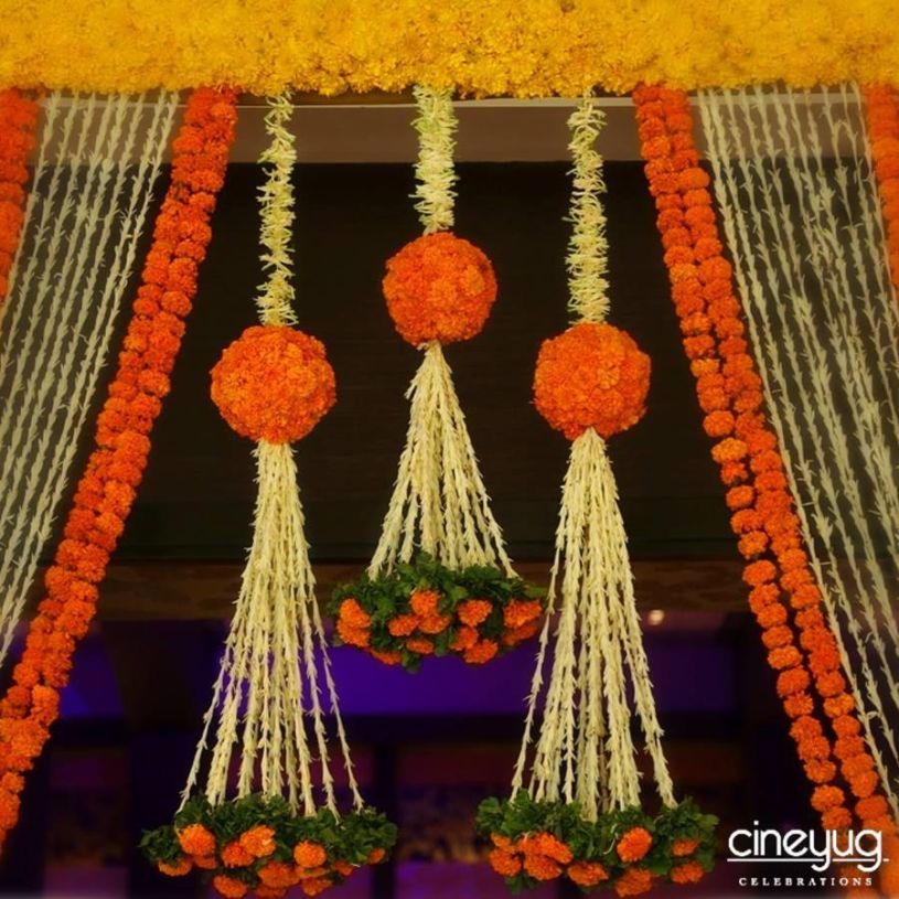 Country flowers for wedding decor,courtesy: Cineyug