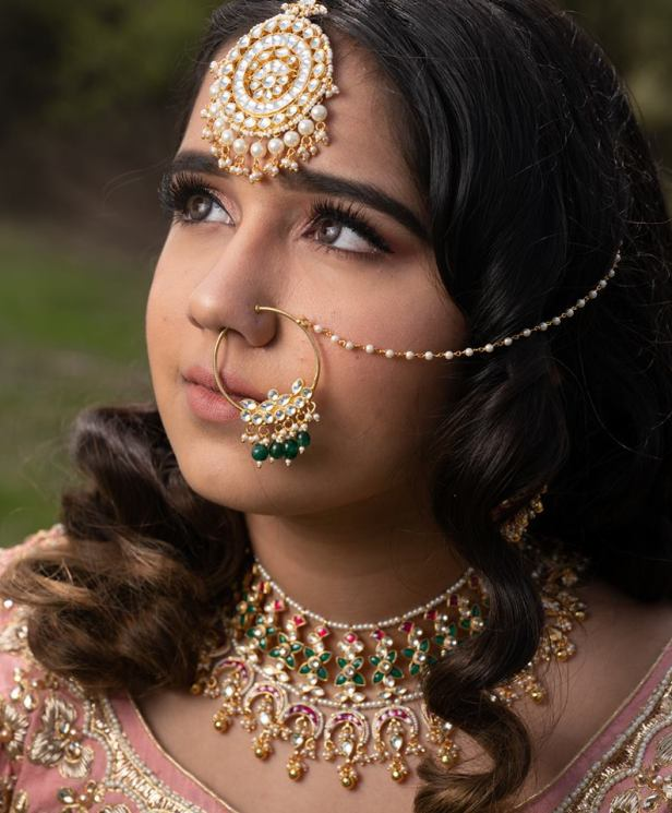 Beautiful Kundan Jewellery from Bandhan Emperio